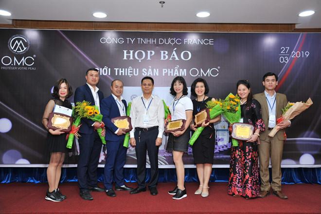 Họp Báo giới thiệu sản phẩm dược O.MC do Truyền thông Phan Đăng tổ chức