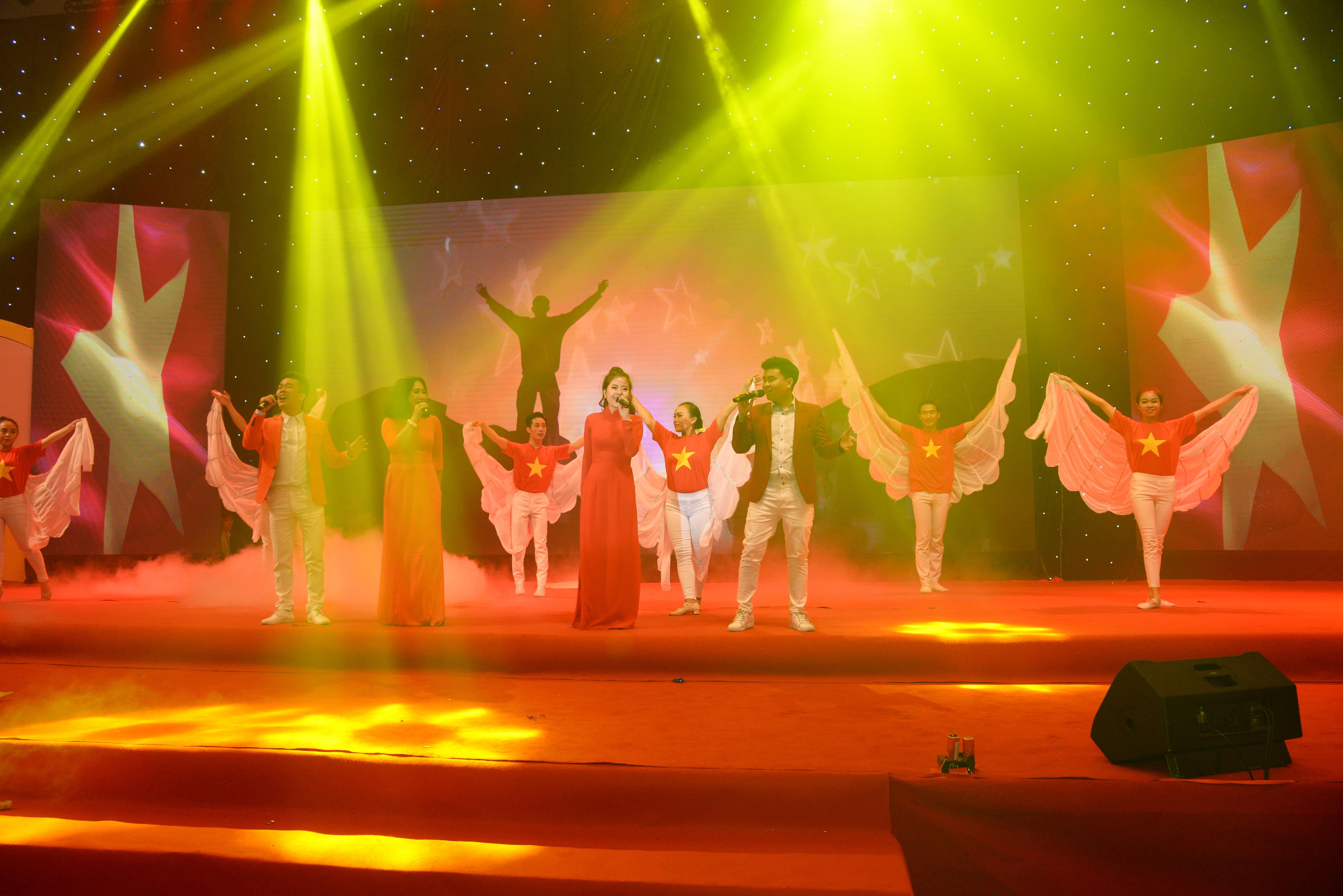 Tổ chức sự kiện đại hội và kỷ niệm 15 năm thành lập hiệp hội DNNT tại TP.HCM