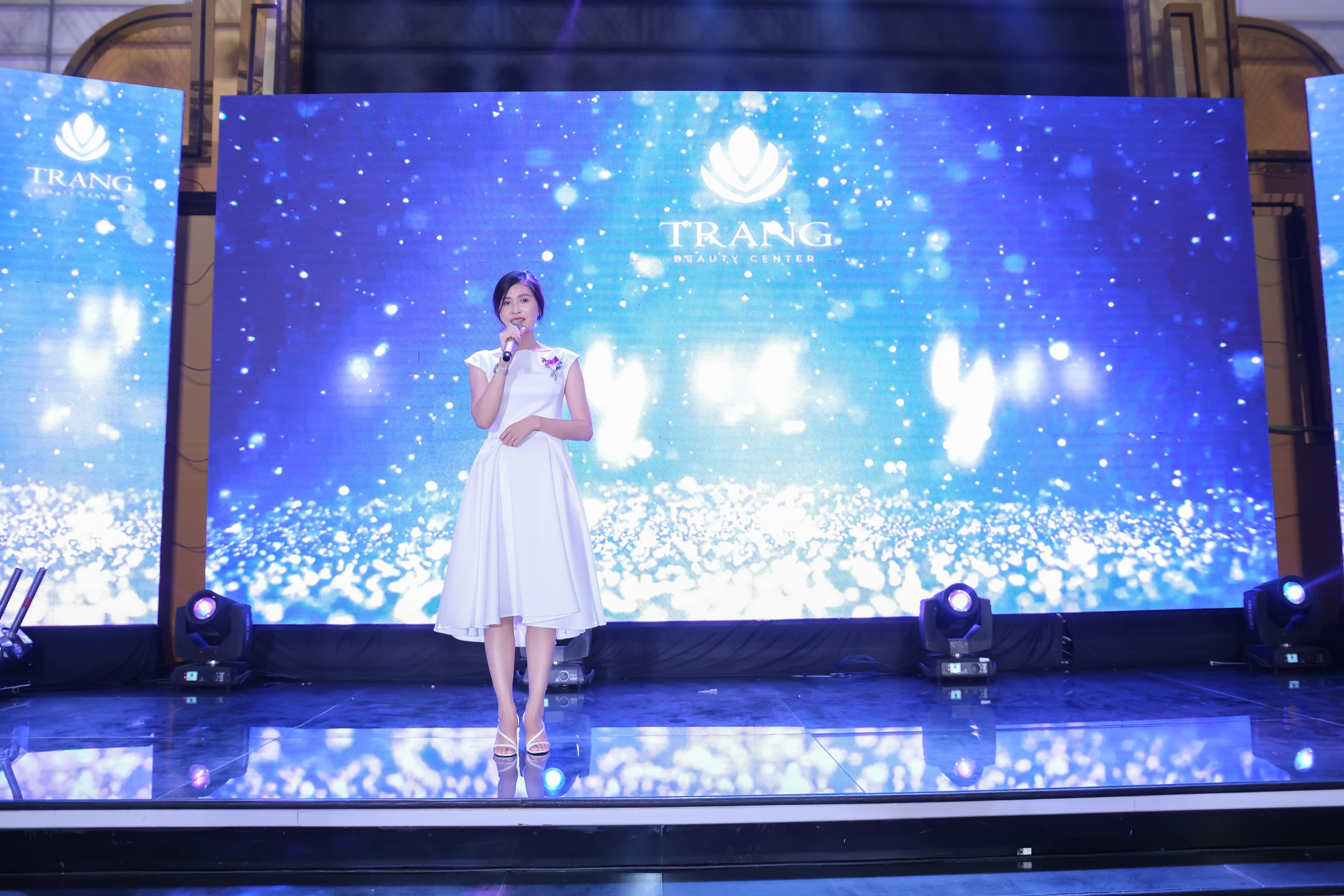 Tổ chức sự kiện Year End Party - Stand TogetherTrang Beauty Center