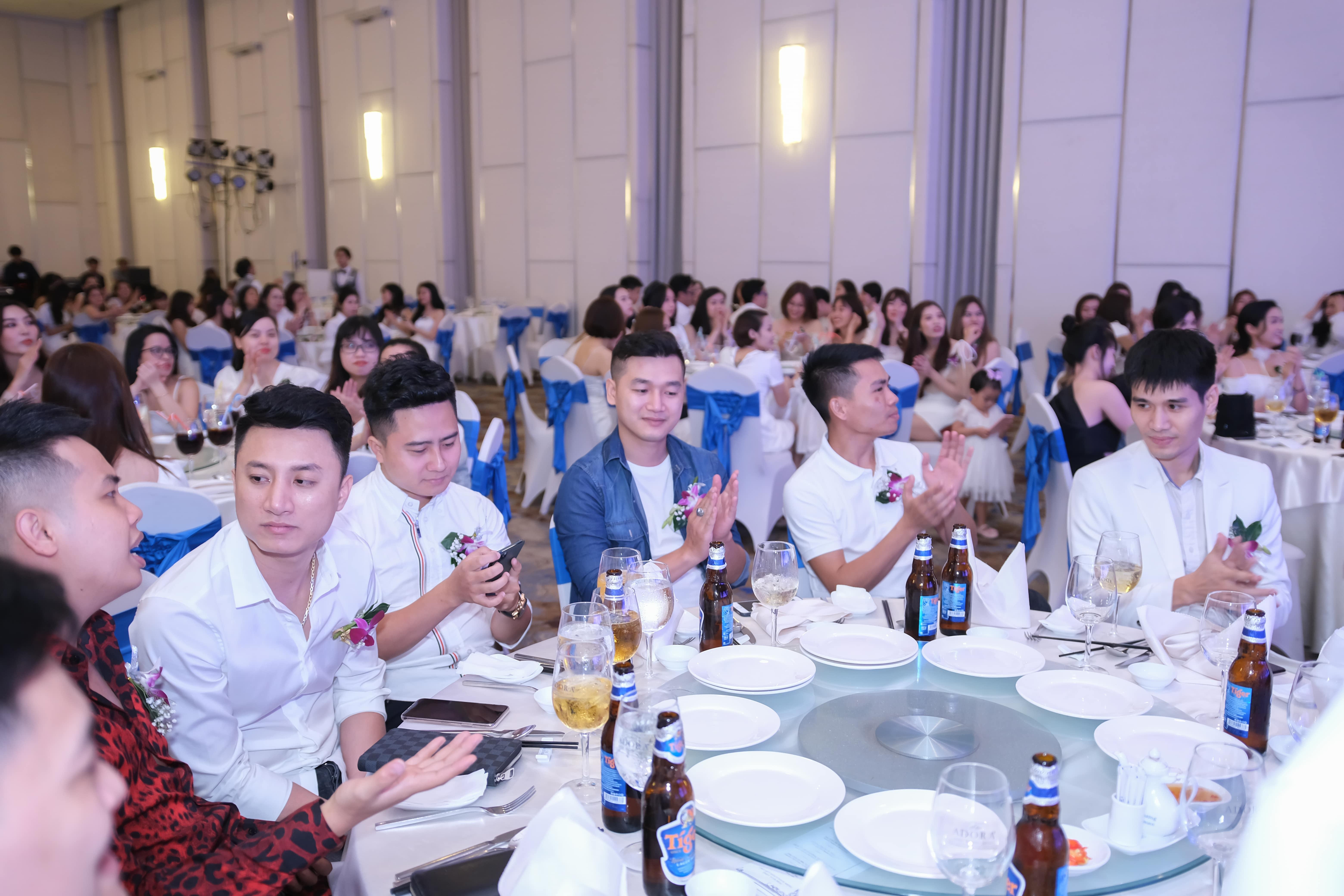 Đông đảo khách mời trong chương trình tổ chức sự kiện