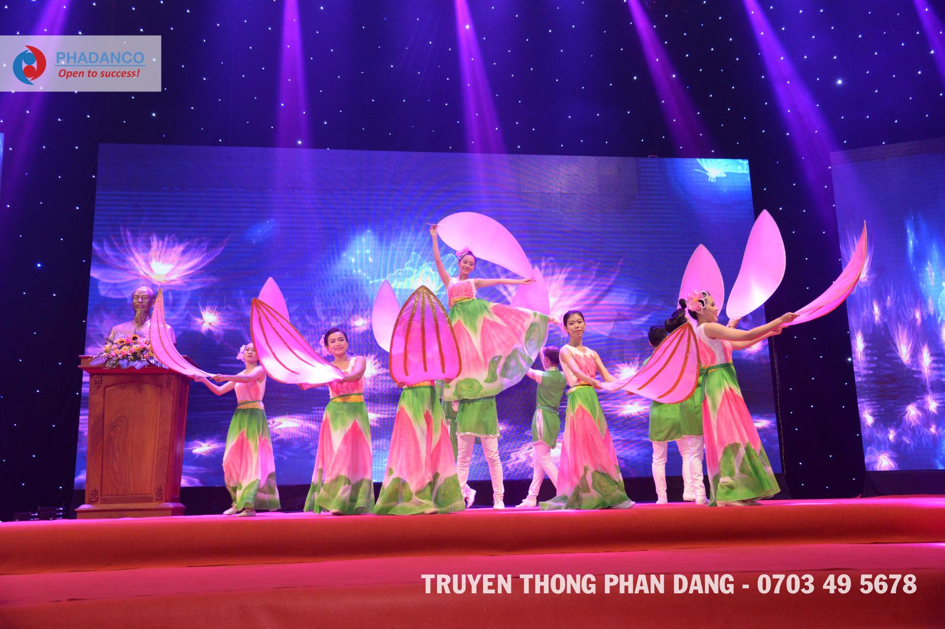Truyền thông Phan Đăng: Những khoảnh khắc ấn tượng trên sân khấu