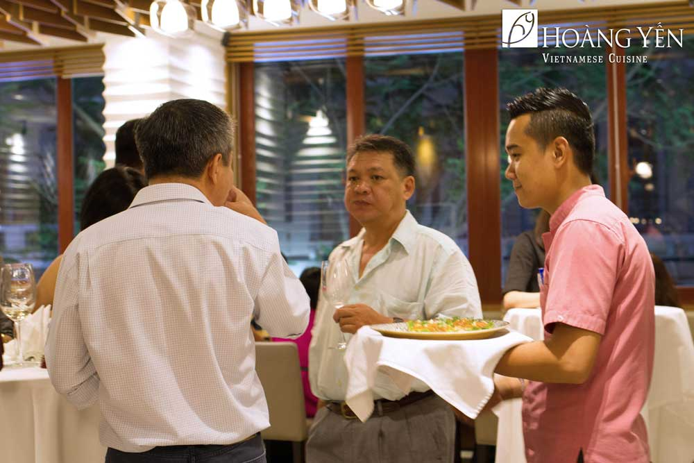 Nhà hàng Hoàng Yến – Địa điểm tổ chức tiệc tất niên công ty sang trọng