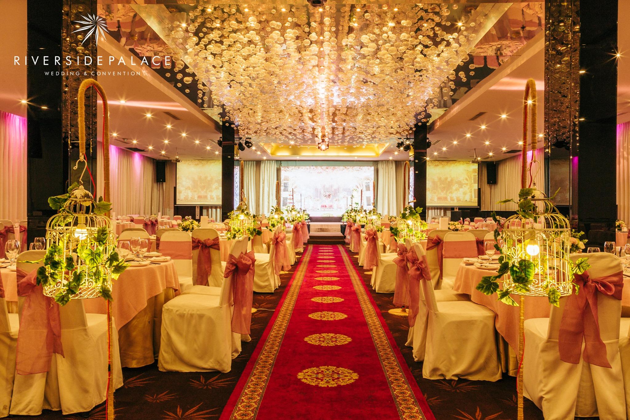Địa điểm tổ chức tiệc tất niên cuối năm ởRiverside Palace